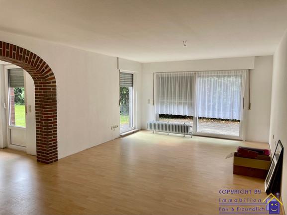11-ff-052-wohnzimmer-2.jpg