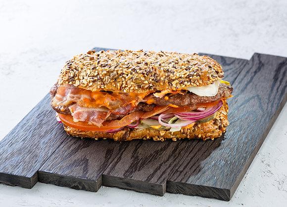 Сэндвич с телятиной и беконом