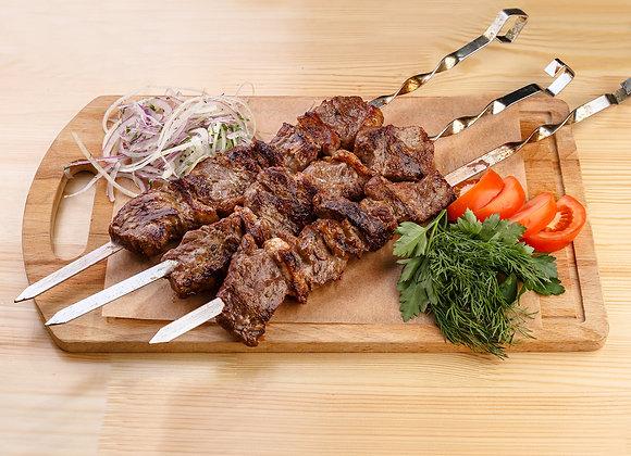 Шашлык из говяжьей вырезки с курдюком
