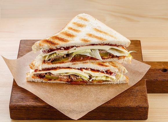 Клаб Сэндвич с ростбифом