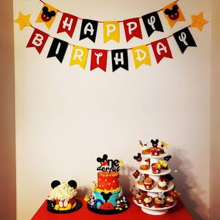Mickey Buttercream Cake
