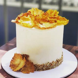 Minnie Bird Cake 6in 3 Layer