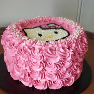 Strawberry and Cream Hello Kitty Cake