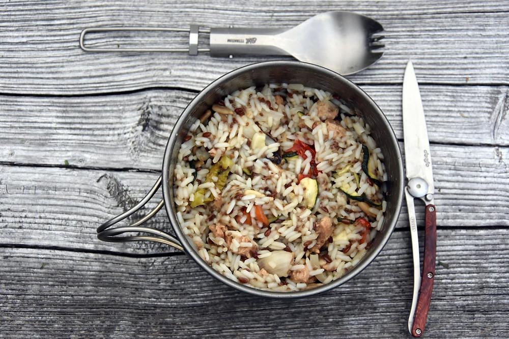 Dehydovaná jídla připravíte na treku ke konzumaci raz dva.