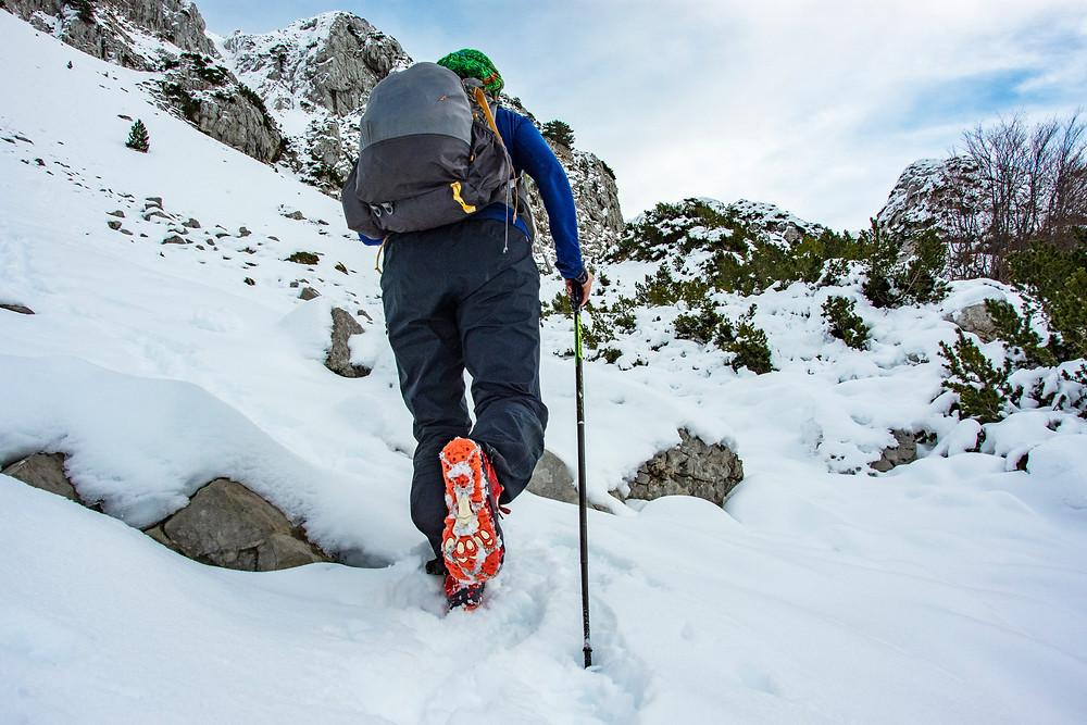 I v zimních podmínkách lze cestovat nalehko.