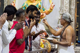 Daily Pooja at Sri Veeramakaliamman Temple