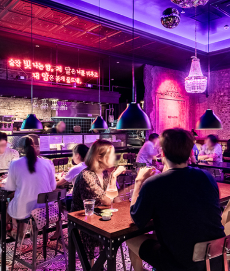 사회적 거리두기 최적화 브랜드 '레드문' 공간 이해 테이블 배치&구성이 정답