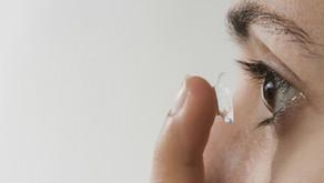 Cara Memakai Softlens yang Benar, dari Memasang hingga Melepas