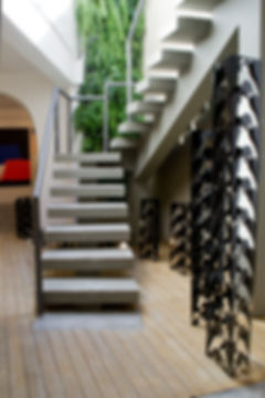 Galeria de arte com hardim vertical