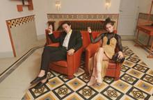 Праздник к нам приходит: бренд Fendi представил капсульную коллекцию