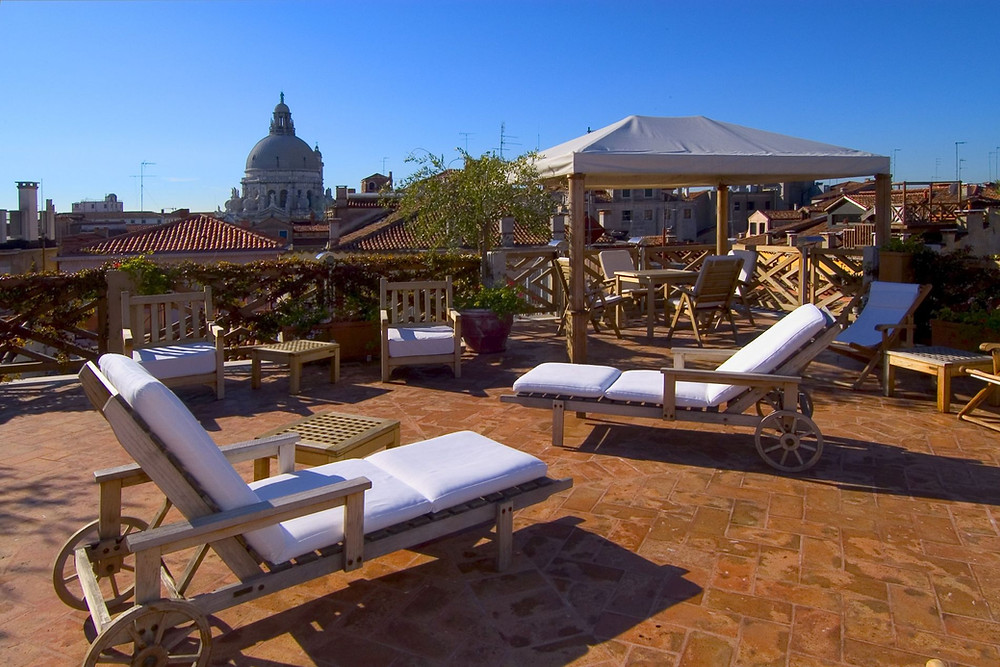 Отель с террасой в Венеции