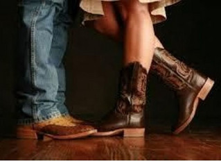 Country 2-Step classes Tuesday with Suzette