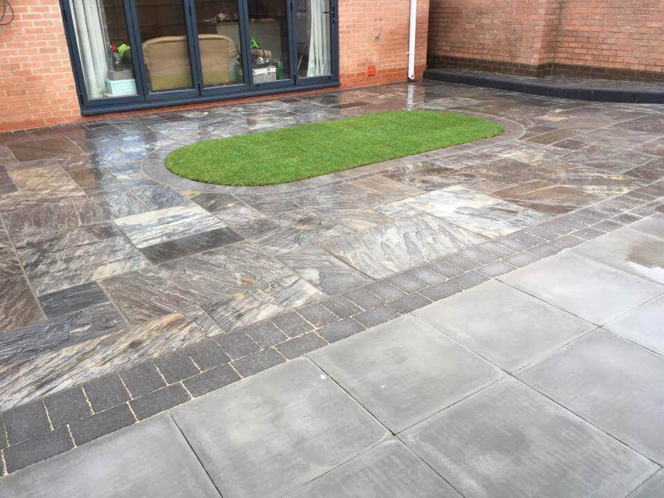 WBC Elite Tumbled Sandstone Paving in Twilight with charcoal alpha edging setts 5