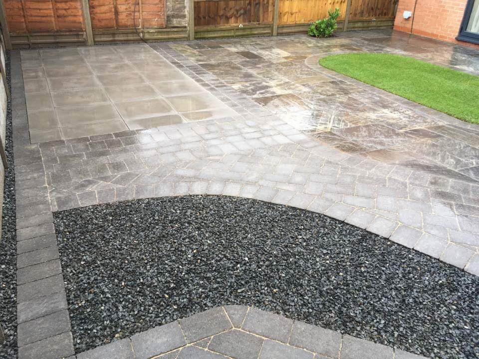 WBC Elite Tumbled Sandstone Paving in Twilight with charcoal alpha edging setts 2