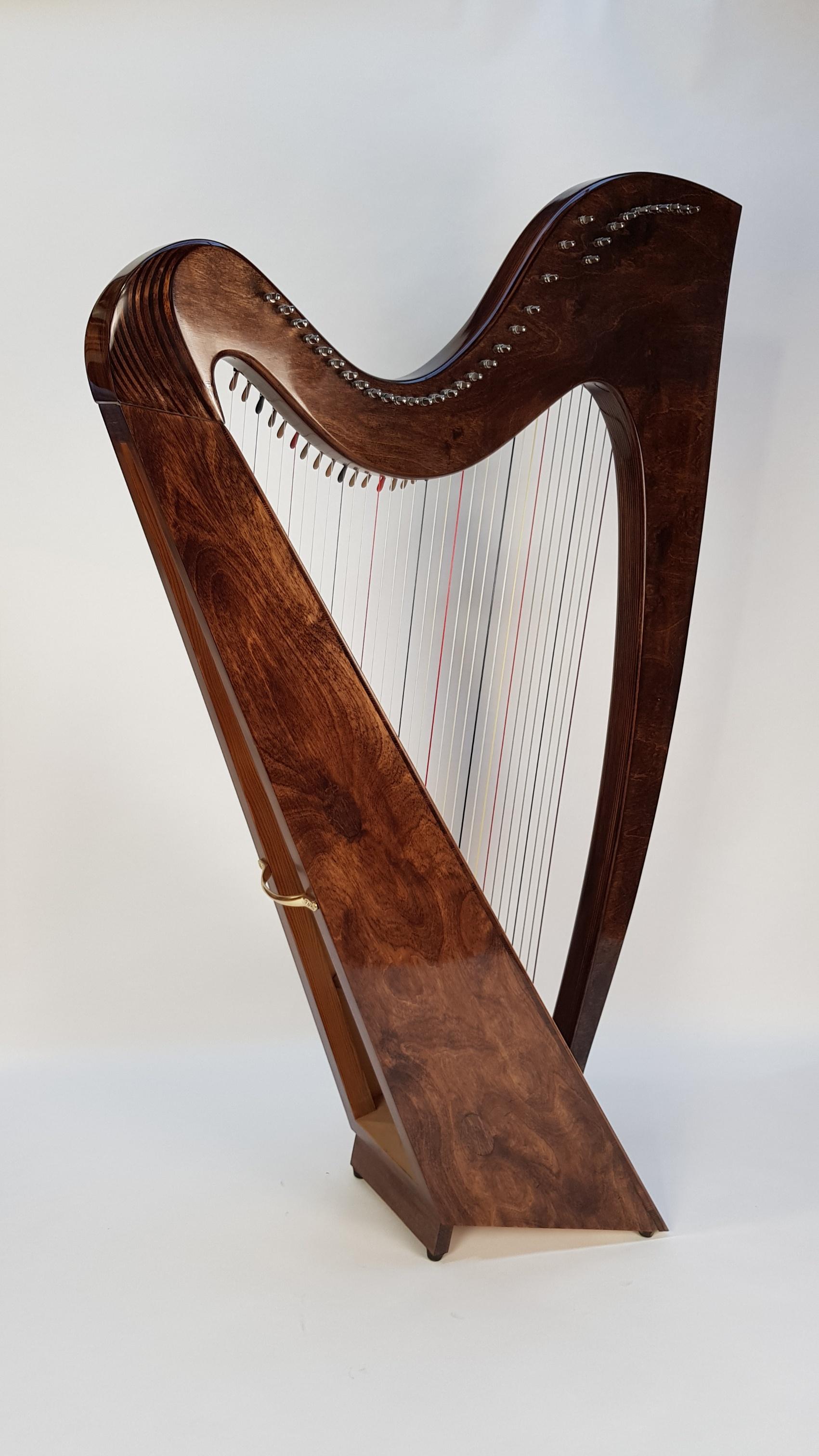 Albion lever harp