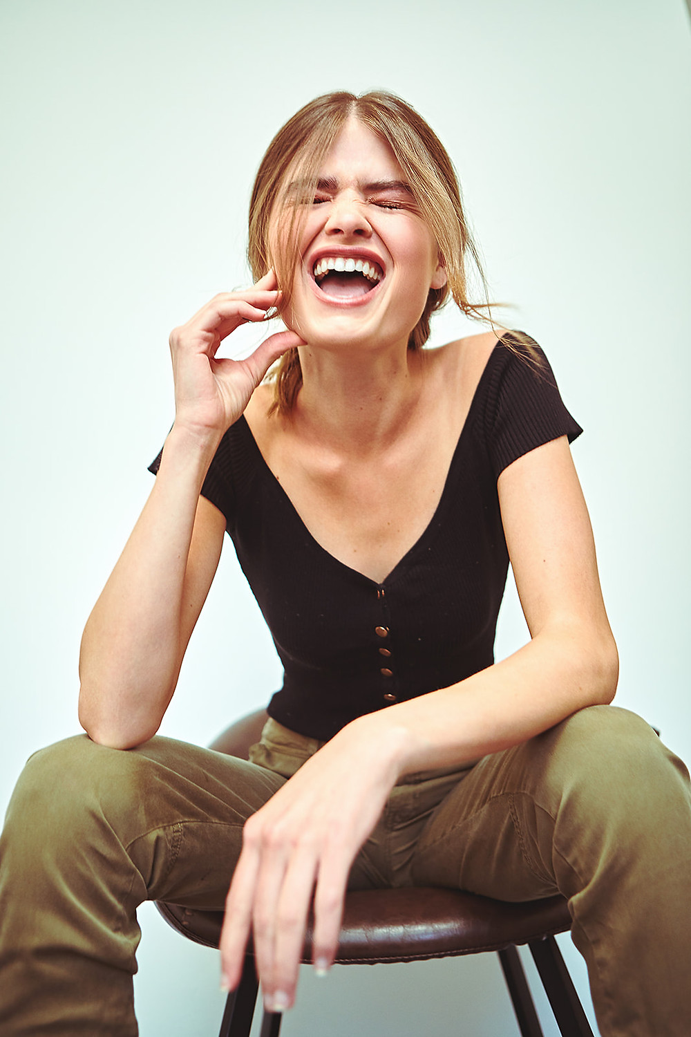 Los Angeles model Payton Maxwell is laughing in a catalog fashion image by photographer Patrick Patton