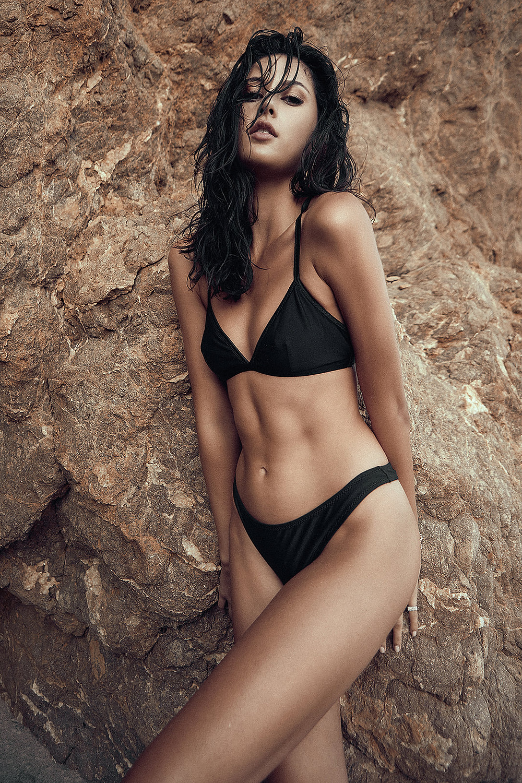 aisha-mainwaring-patrick-patton-photography-swimwear-swimsuit-maya-girl-model-agency-models-sexy-beach-black-beachwear-wet-hair-makeup-tan-skin-ocean-sand-california-la-los-angeles-advertising-commercial-photography-fashion