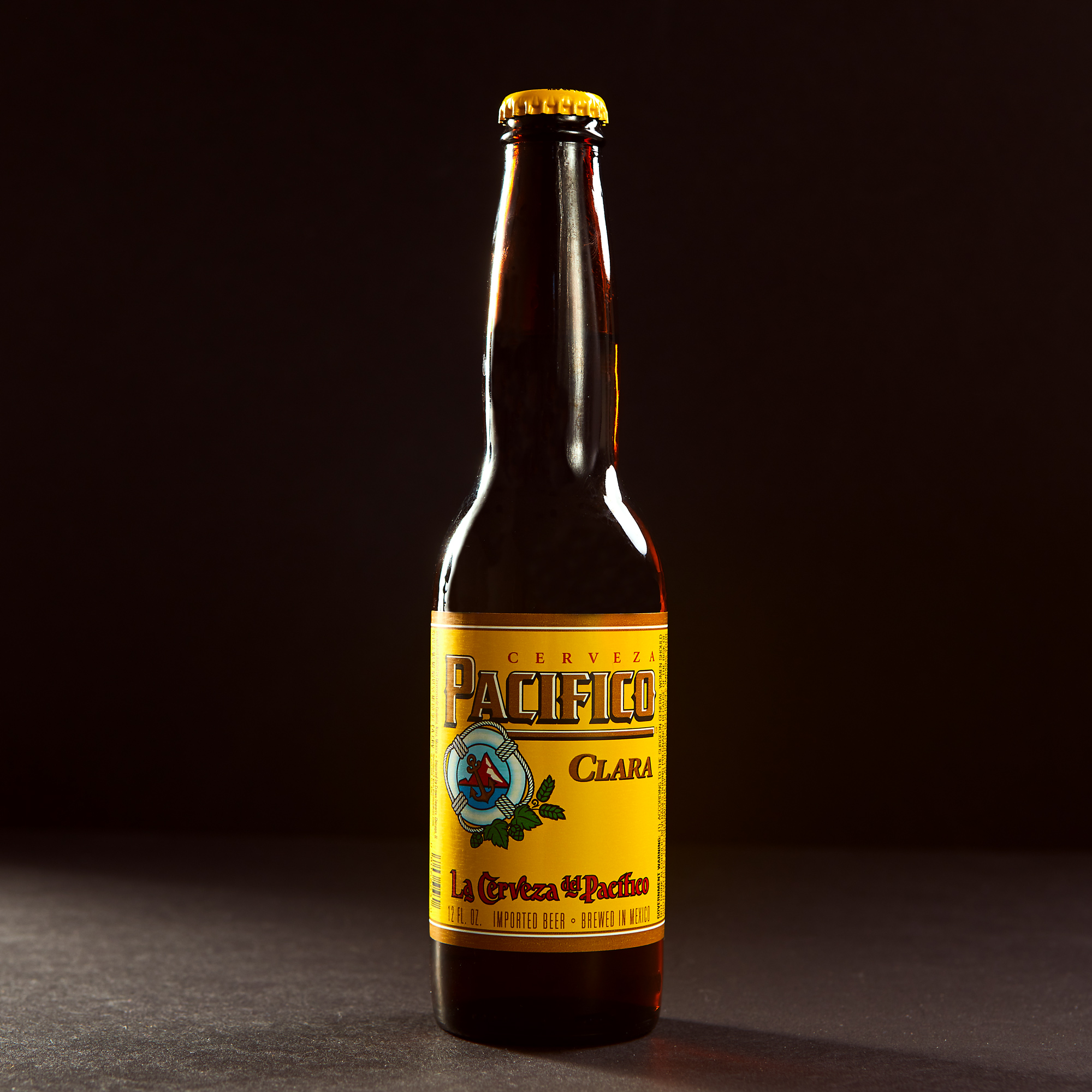 beer-bottle-photography-pacifico