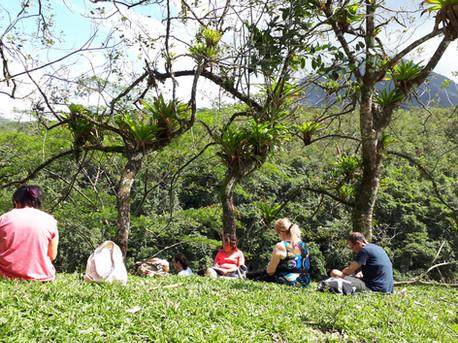 מסע כתיבה לקוסטה ריקה. מול הר ארנל