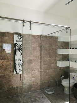 cabina-de-baño-en-vidrio