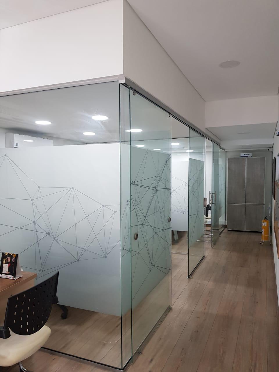 divisiones-oficinas-vidrio-medellin
