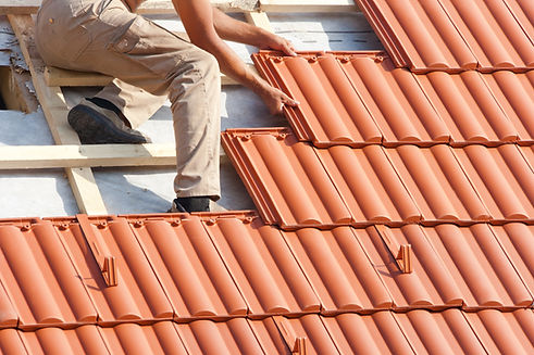 Tile roof Contractor Picture