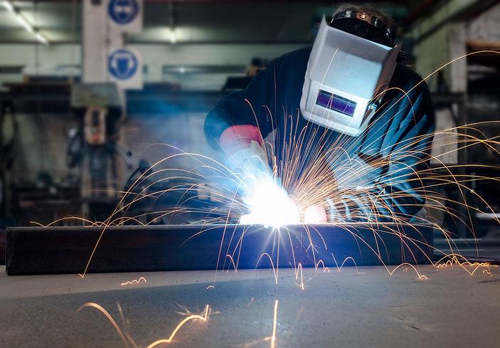 welding-industry-SGJE645.jpg