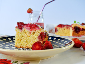 Summer strawberry cake - perfect for hot summer days