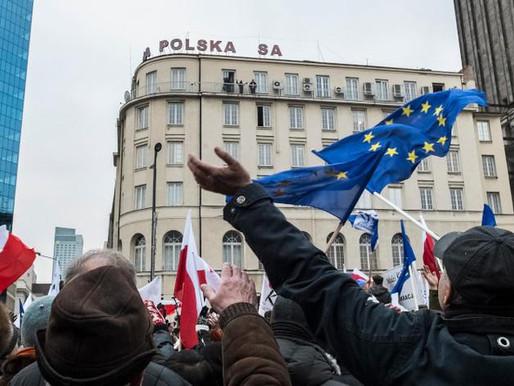 POLONIA VOTA, OBSERVADA POR TODA EUROPA