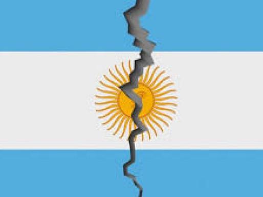 """""""Argentina fragmentada en dos mitos"""", Por José Natanson, en el New York Times"""