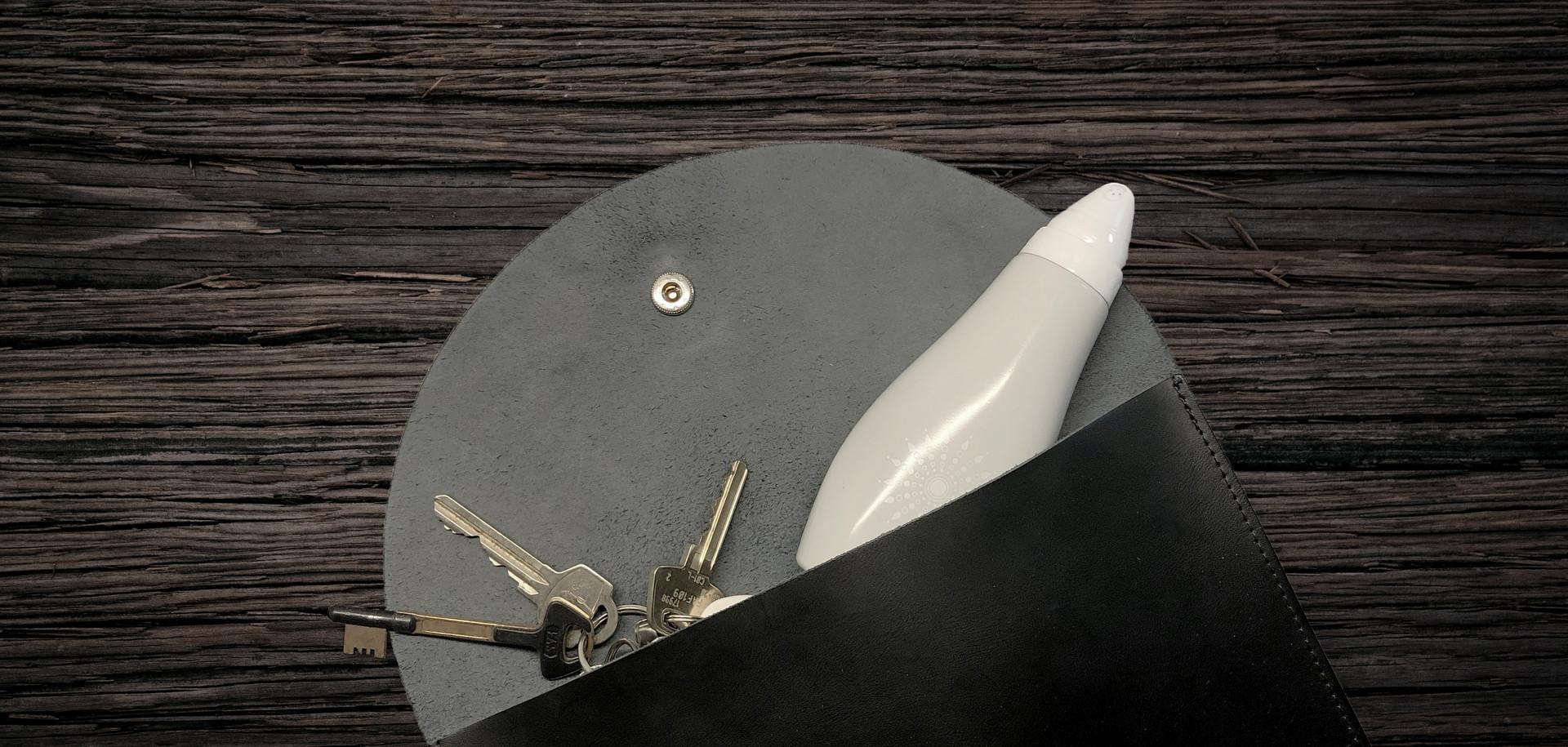 Sensette är lätt att ha i handväskan. Den är så enkel att använda!