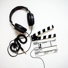 headphones-4223911_1280.jpg