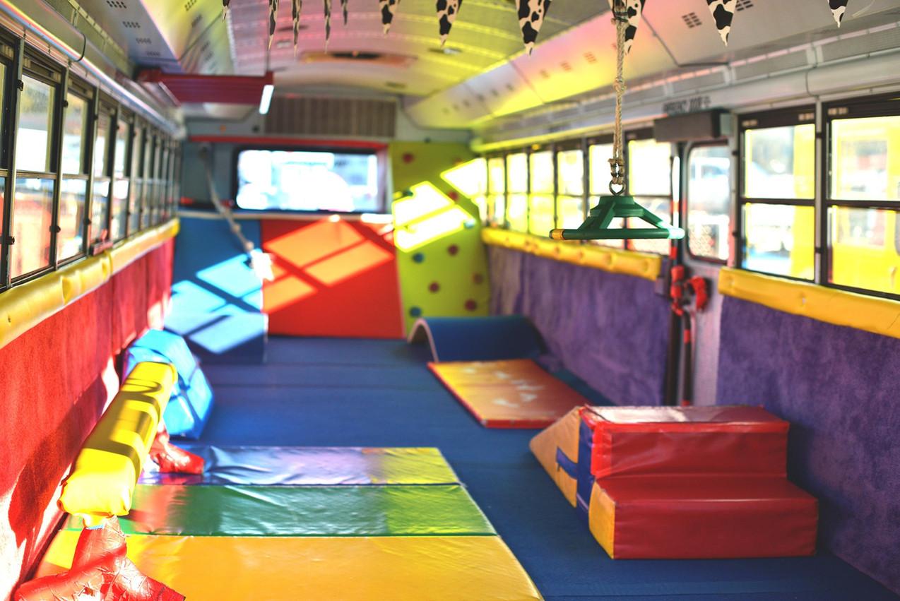 Inside Dizzybus