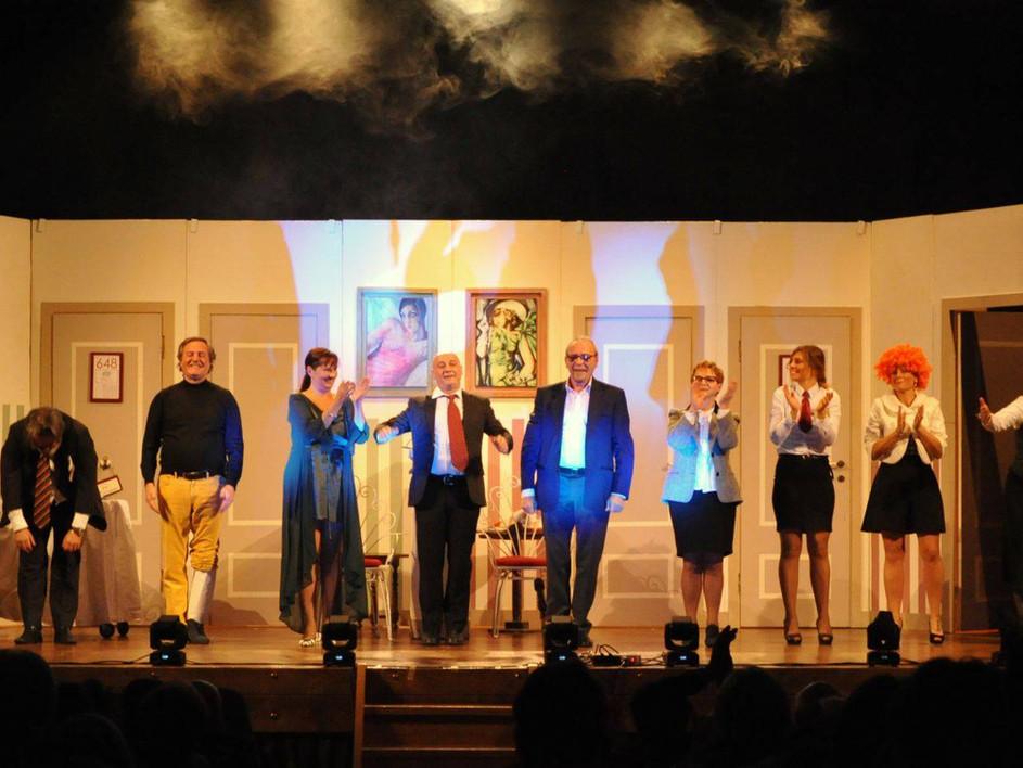 Teatro Comunale di Pontevico SE DEVI DIRE UNA BUGIA DILLA GROSSA 2 dicembre 2017
