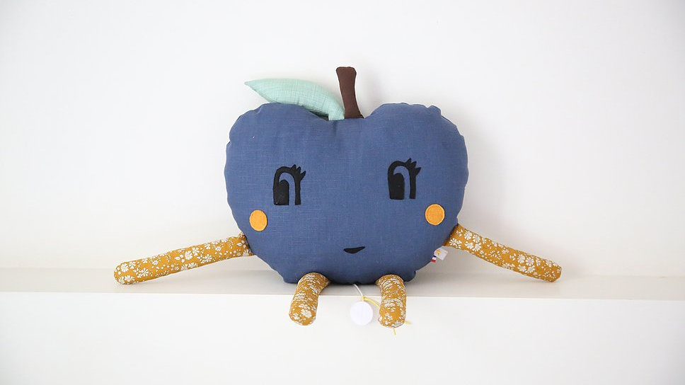 Coussin Pomme  bleu -  personnalisable