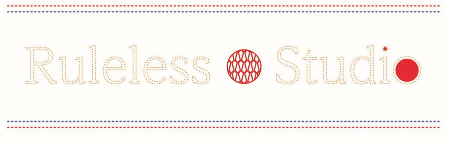 Logo in knitting loop ideas