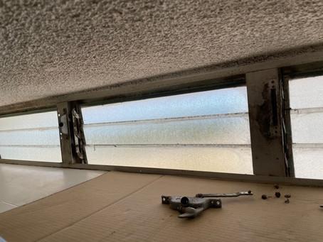 窓のハンドル交換