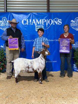 Wesley Coleman, Grand Champion Breeding Doe, Virginia State Fair 2021.jpeg