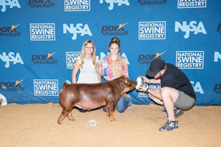 FOC_Jackson Johnson and family_National Swine Registry.jpg