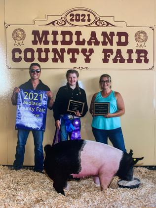 Heather Bennett, Reserve Grand Champion Hog, Midland County Fair 2021.jpg