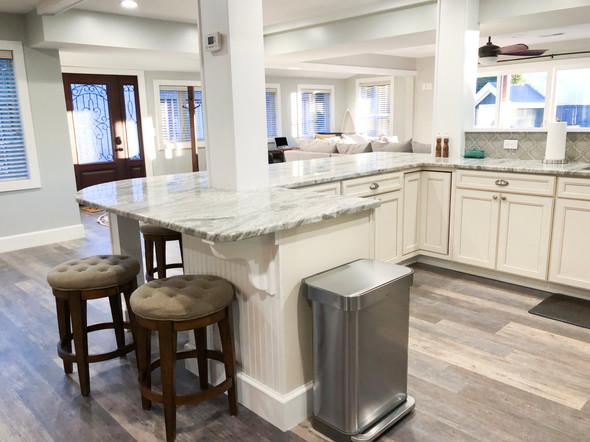 Kitchen(6).JPG