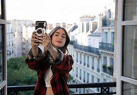 La-vraie-Emily-in-Paris-c-est-presque-el