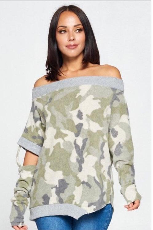 Soft Fleece Camo Top