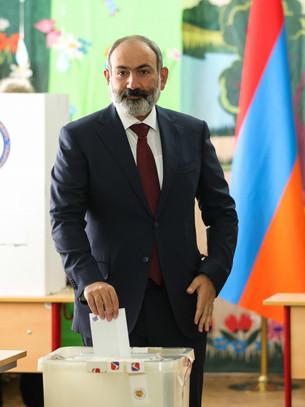 In Armenia Pashinyan rieletto primo ministro