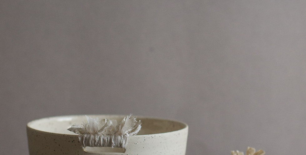 Bowl & Silk Detail - Wide