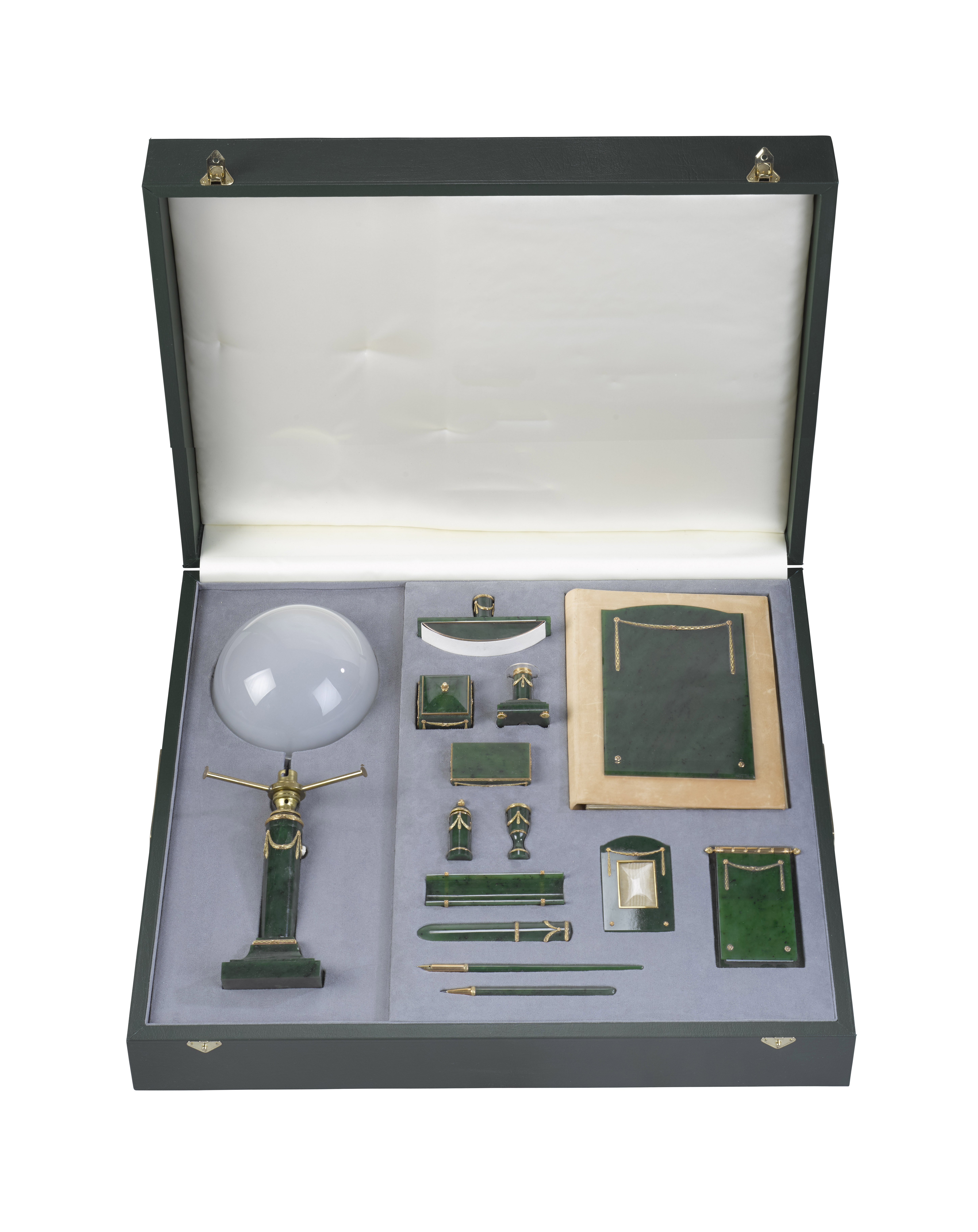 Nephrite Faberge Set