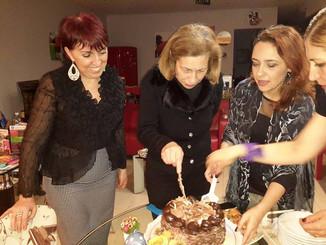Üyelerimizden Nuray Hanım'ın Doğum Günü Kutlaması