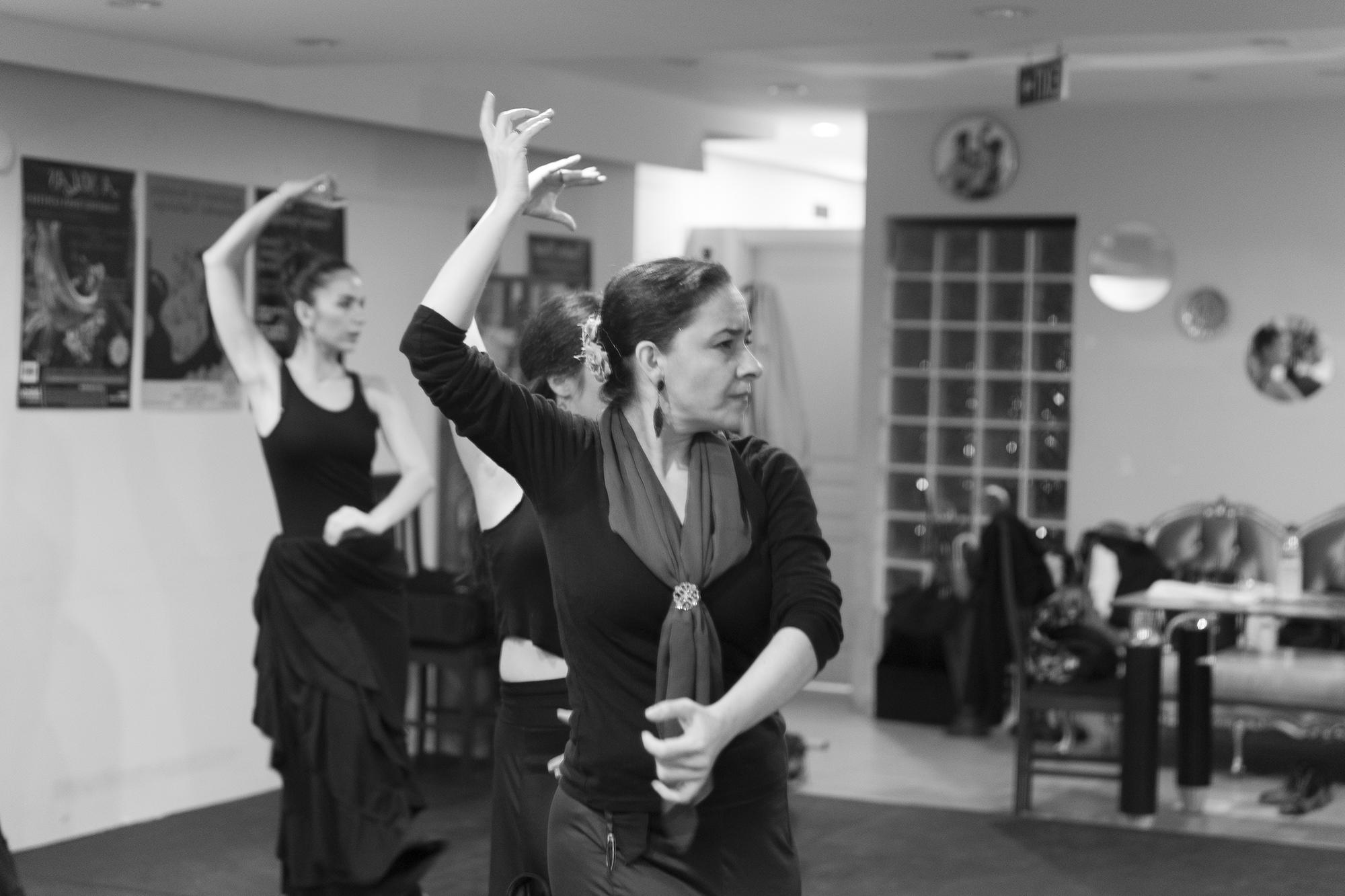 azulmavi flamenko akademi