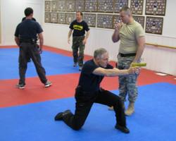 Commando KRAV MAGA Defensa Personal