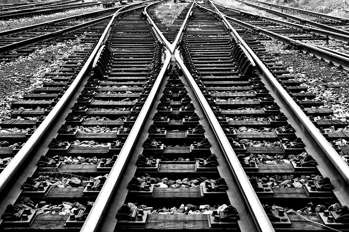 TrainTracks_Bw.jpg